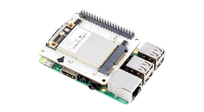 IoT LoRa Gateway HAT on a Raspberry Pi 3 Model B+
