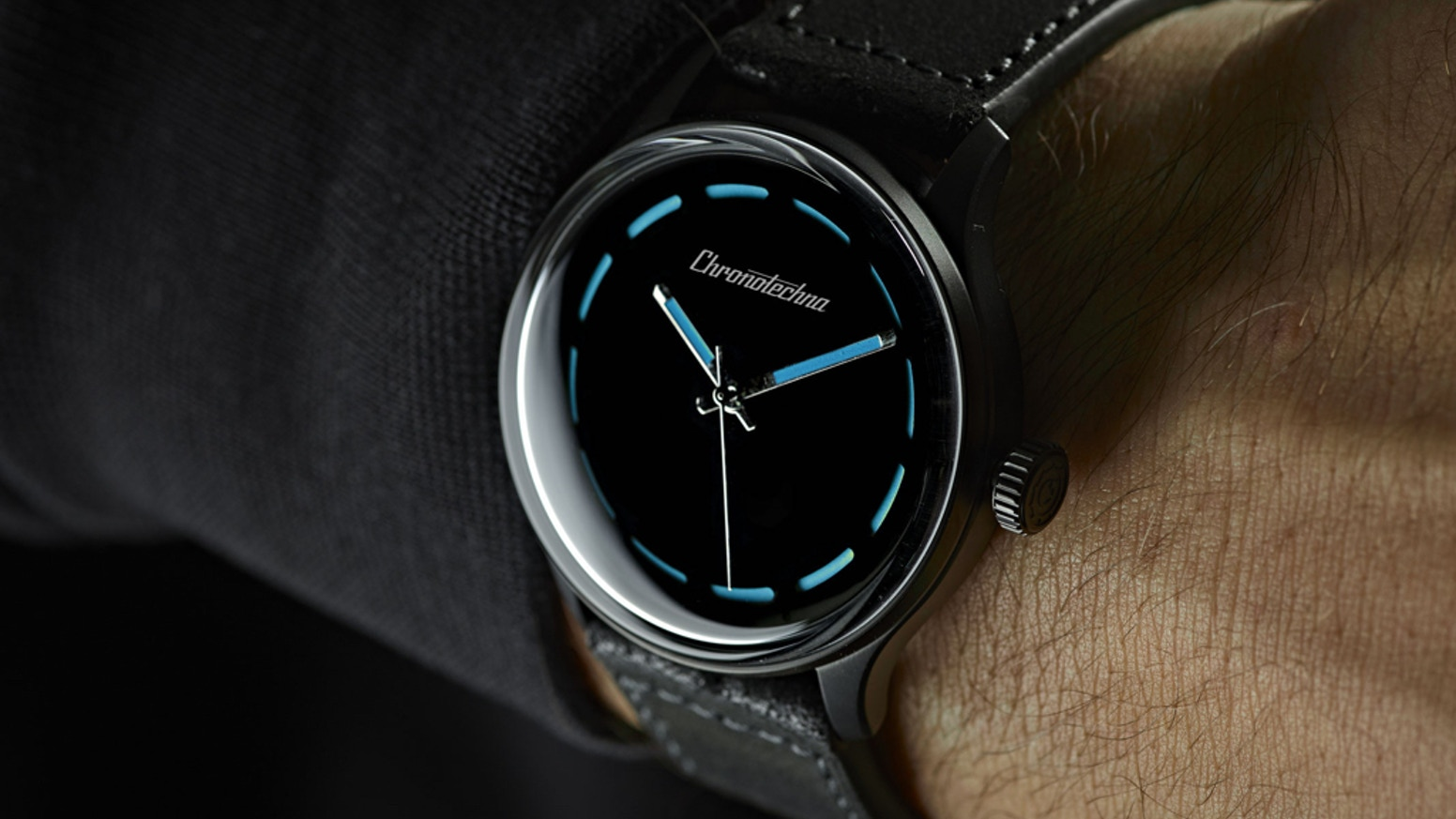 Limited Edition Swiss Made Self-Winding Watch using Aerospace Super Black Coating - Luxury meets Science!