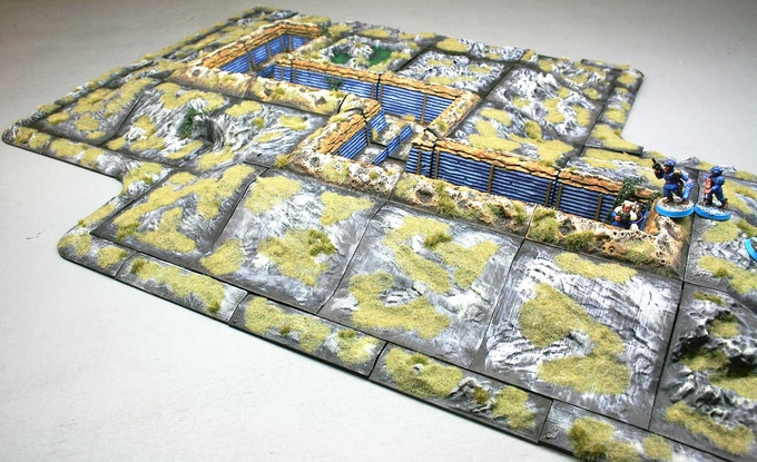 With a Hill Set and the Trench Set you can easily create complex defensive works.