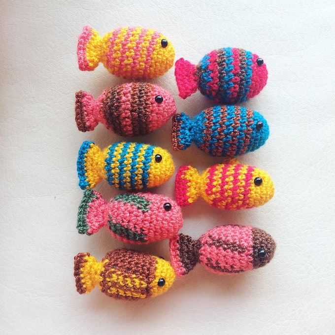 The hand made amigurumis - fishes - with design by Monona!
