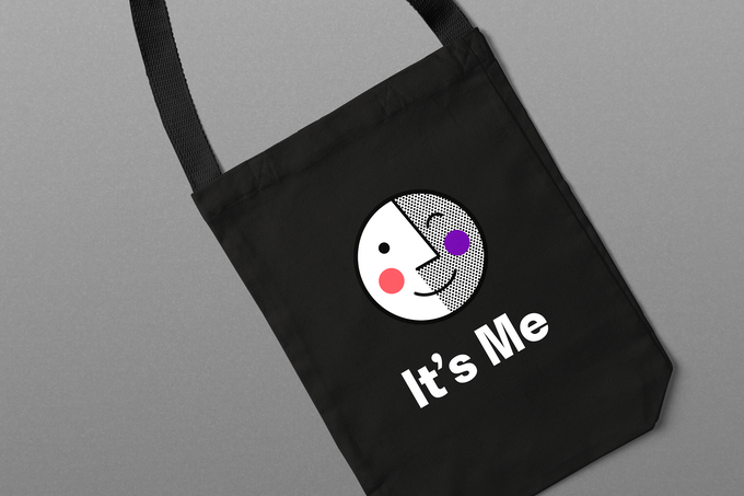 The tote bag designed by our creative team.