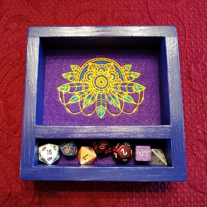 The Mollymauk 2.0 version design can be requested for your Omnia and/or Heroic Dice Tray.