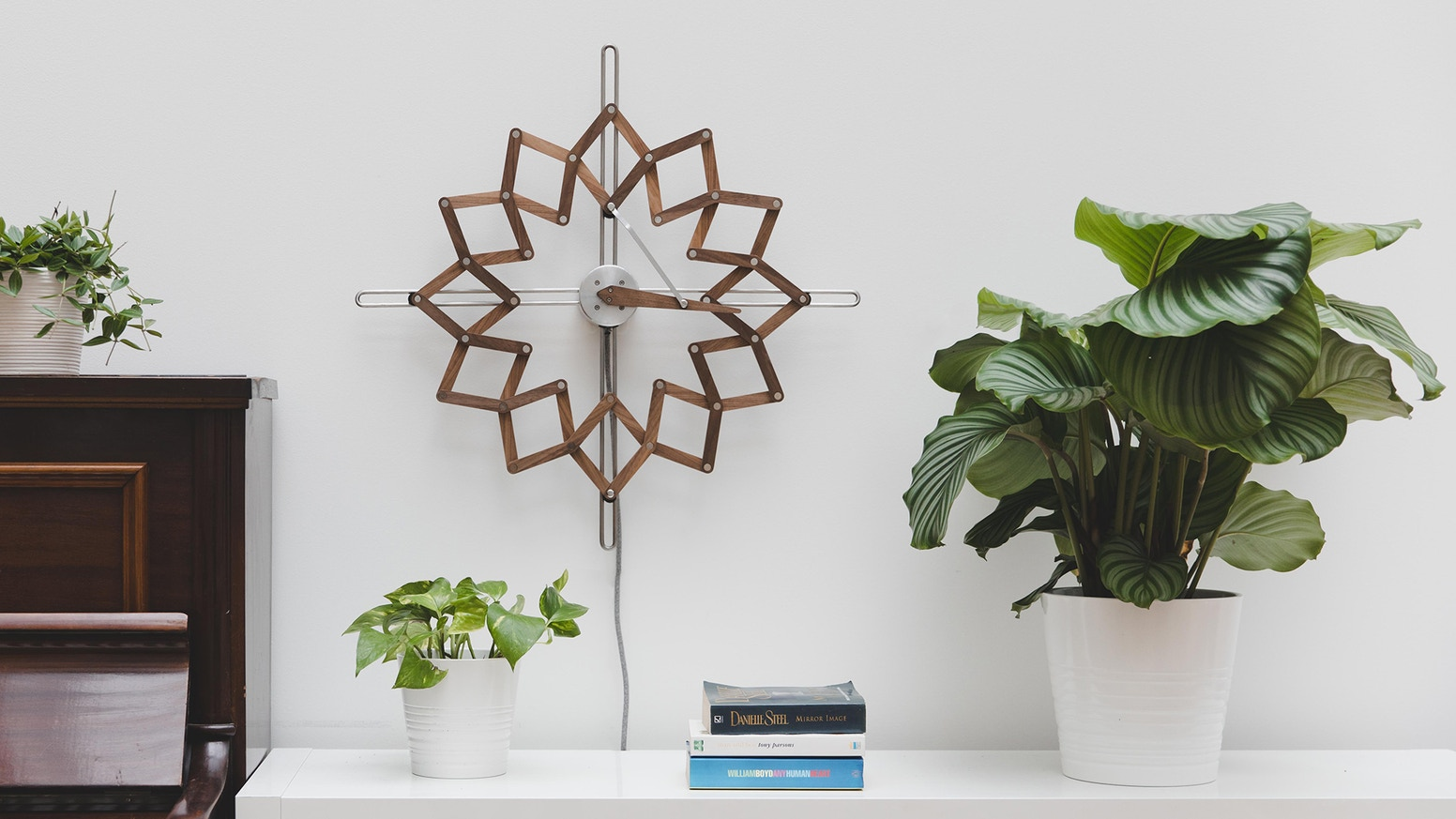 A clock that turns passing hours into moving art, it gradually changes shape throughout the day to inspire a more relaxed view of time