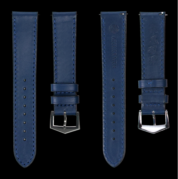 Default strap: top grain blue calf leather, front and back