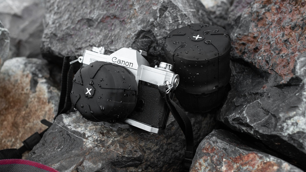 Universal Lens Cap 2.0 - The Only Lens Cap for Every Camera.