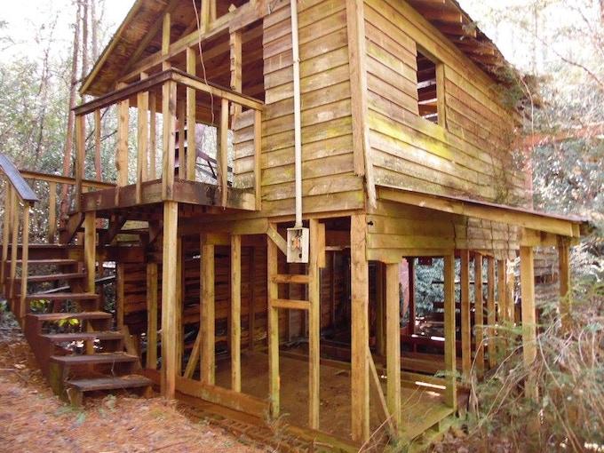 Raines Mill Building 2000