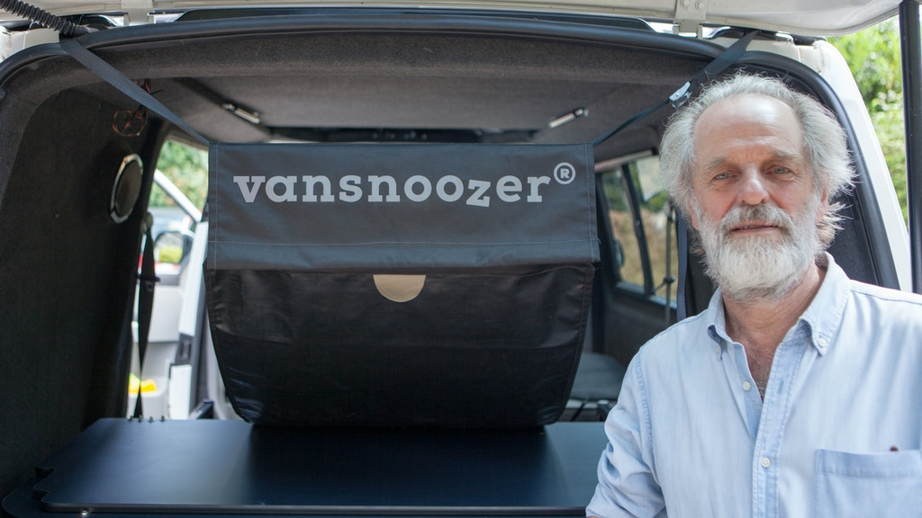 Vansnoozer - a Hammock that fits in a Van, Estate Car or SUV