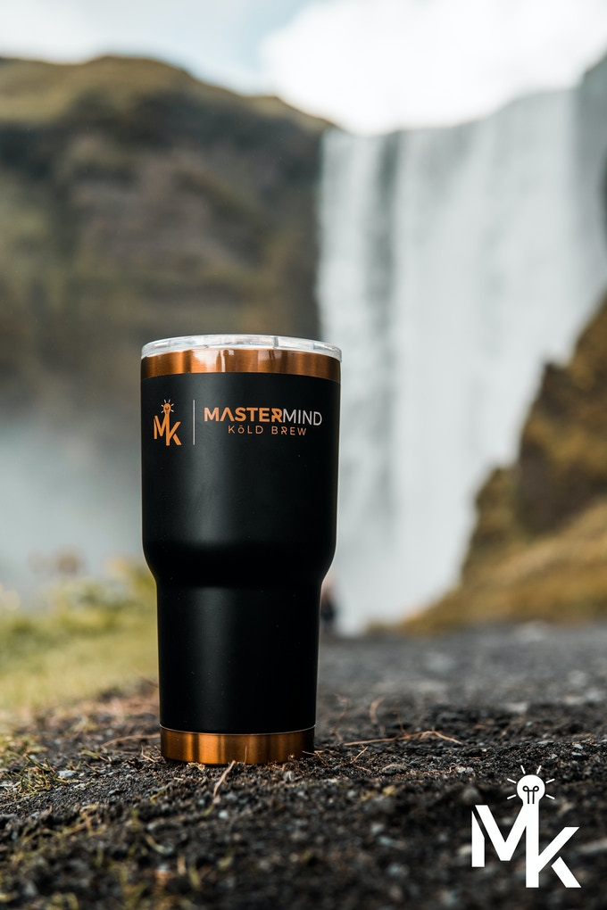 We traveled across the world with our travel mug. This picture was taken in Iceland, no joke!