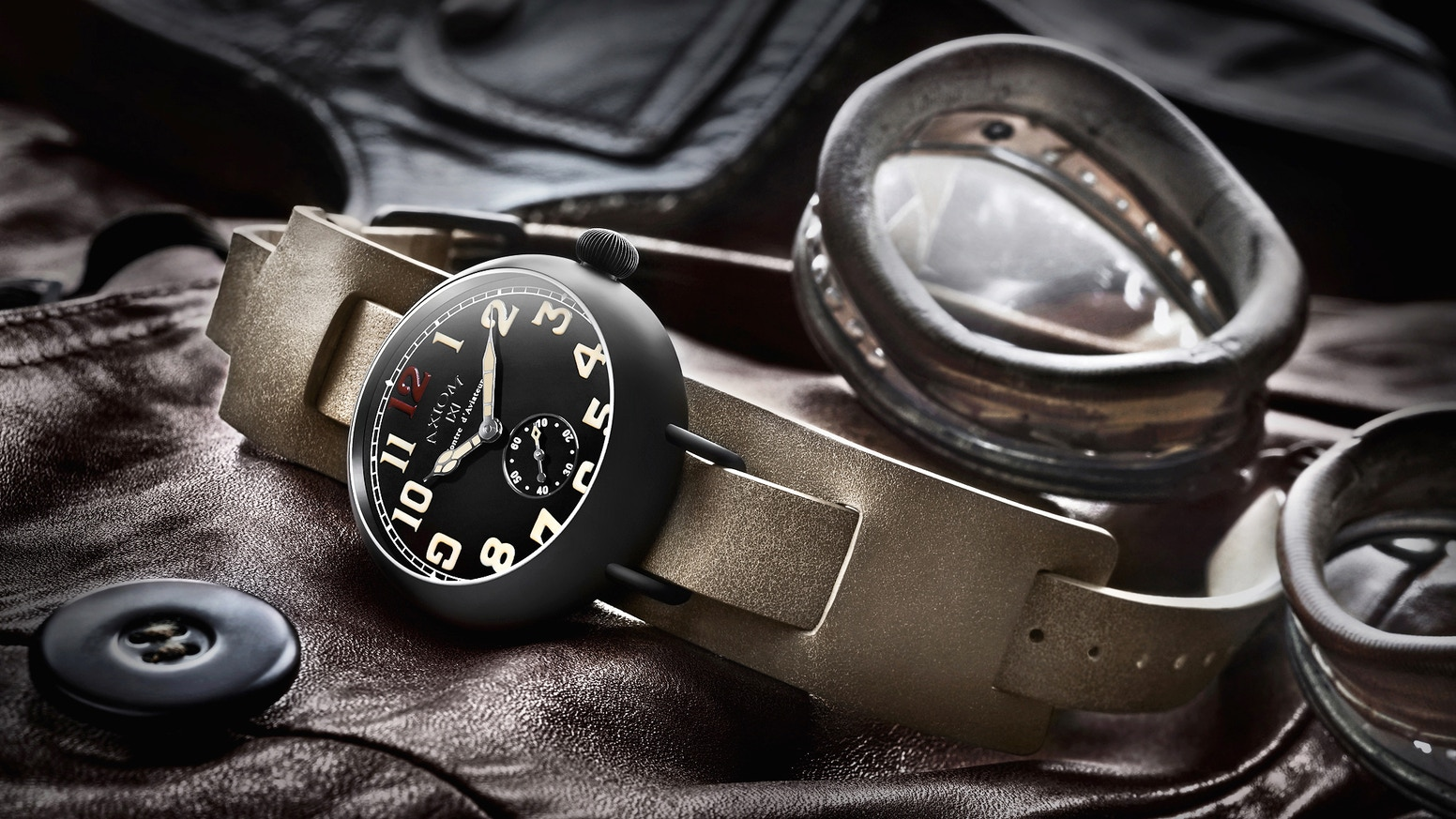 Catching the true spirit of WWI Knights of the Air, and powered by a Swiss Made Sellita SW 260-1. Meet our ultimate Automatic Watch.