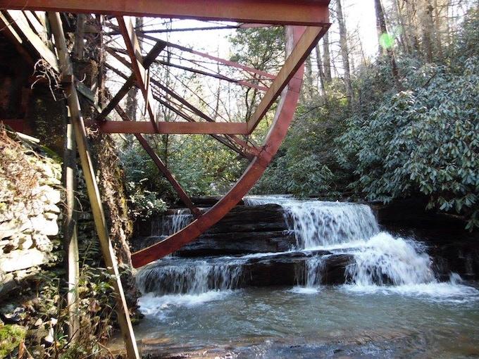 Waterfall at Mill on Fall Creek 2018