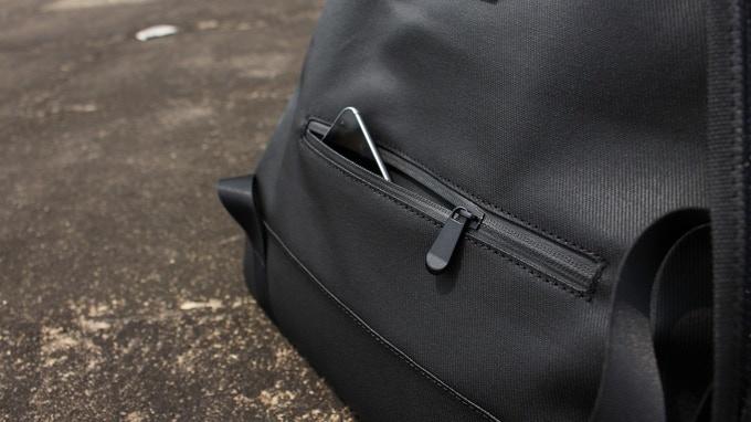 Bottem back pocket