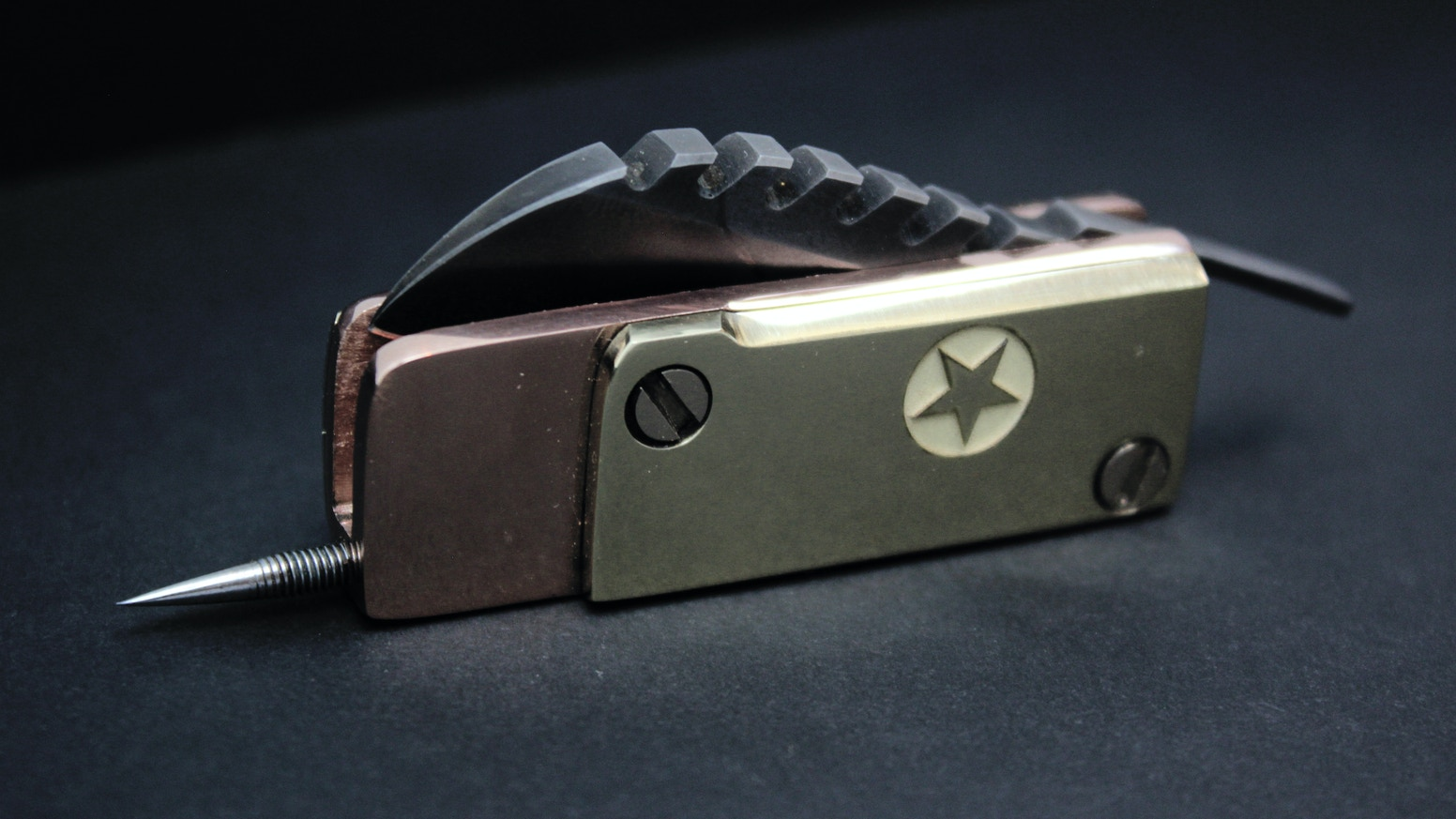 Aesthetics of Exploitation from the Guru of Knife Crafting. Forged, Compact and Legal -  with a Taste of Freedom.
