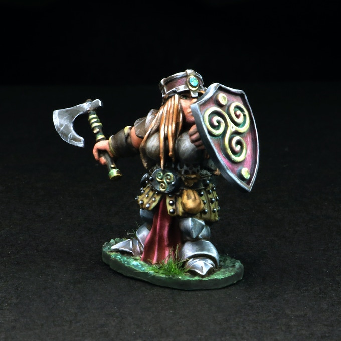 Dwarven Female Warrior w/Axe