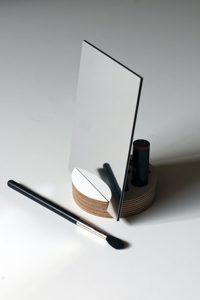 Set up your makeup station anywhere!