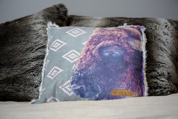 Halcyon Pillow (Bill)