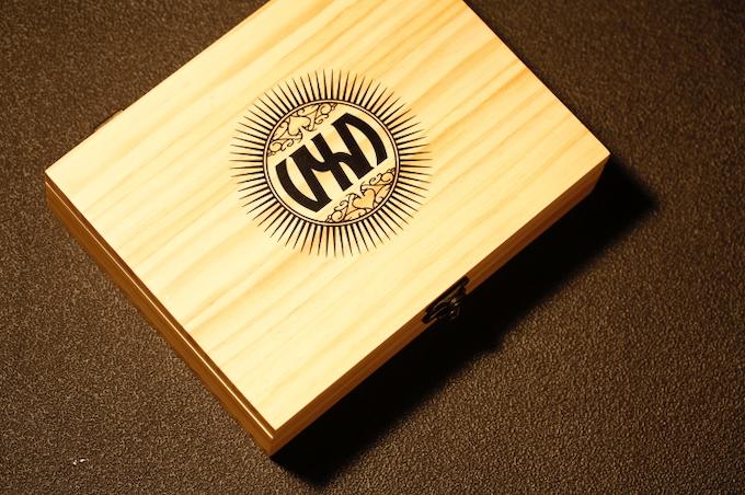 CUSTOM 'VXD' BRANDED WOODEN DISPLAY BOX