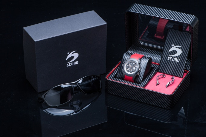 SV-R full package - Includes extra set of forged carbon side case, extra color rubber strap & a pair of polarized sunglasses.