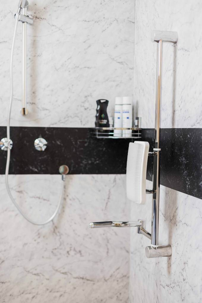 LAVE TON DOS-Worlds best shower invention in decades