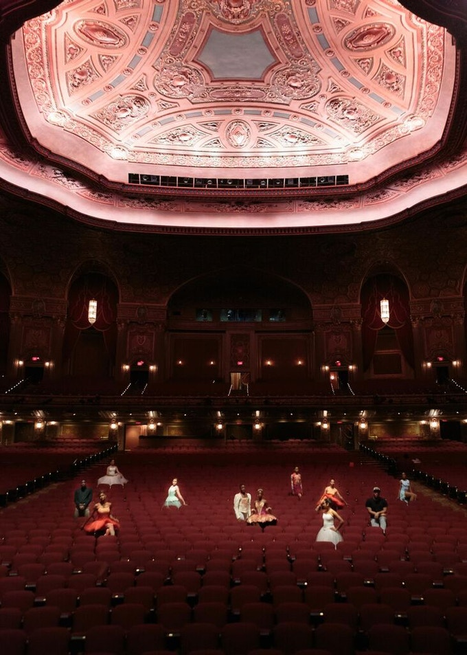Brooklyn Ballet dancers at the Kings Theatre