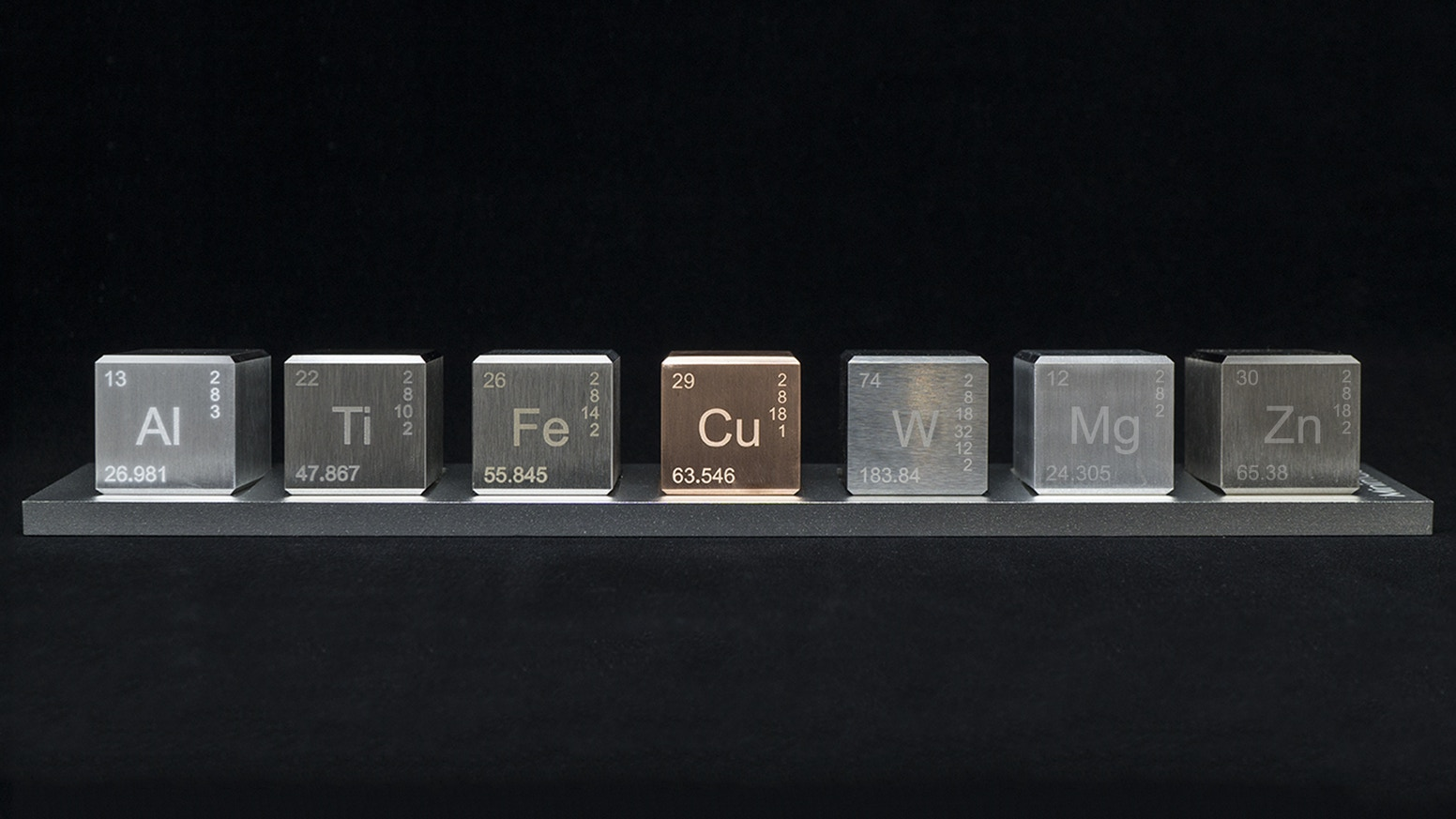 A beautiful desk ornament made of 4 to 7 unique elements from the periodic table.