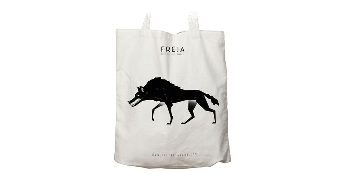 Put all your other Freja rewards inside this Snarling Vargr Tote Bag.