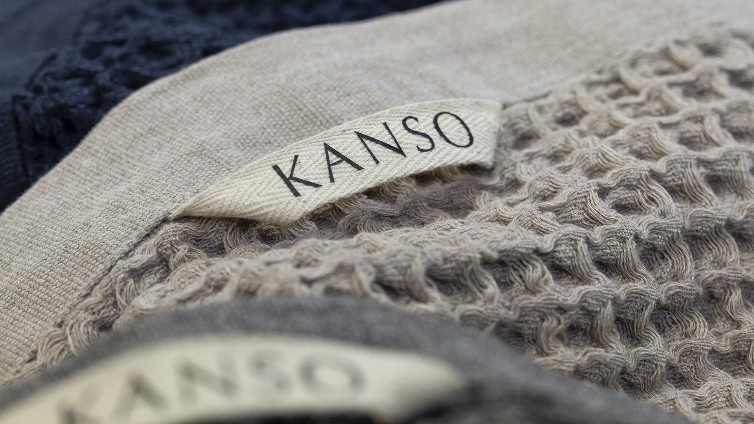 Self-cleaning, fast drying and a stay fresh guarantee; Kanso + Polygiene Stay Fresh technology = the world's most practical towel.