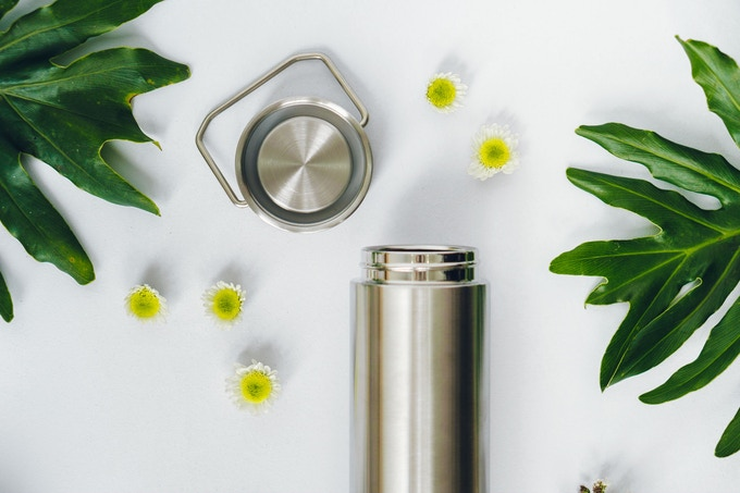 Our beautiful plastic-free flask with steel lid and non-toxic silicone seal.