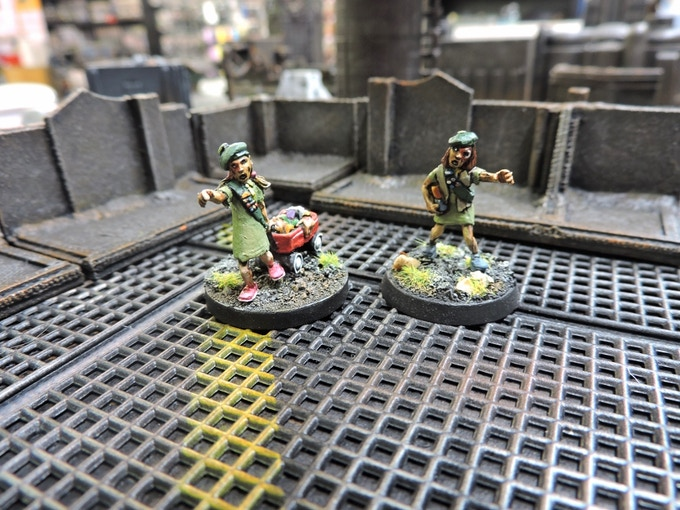 The pack also includes two scout Zombies!
