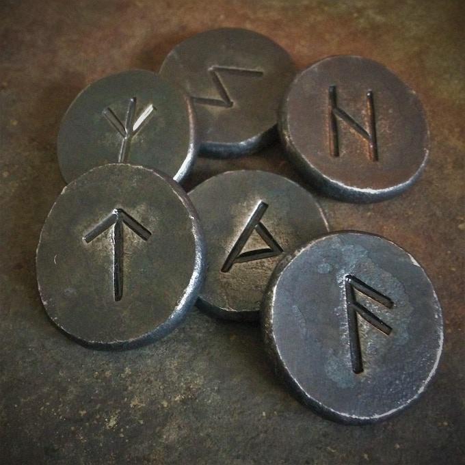 The Adventurer's Hoard (Iron Runes)