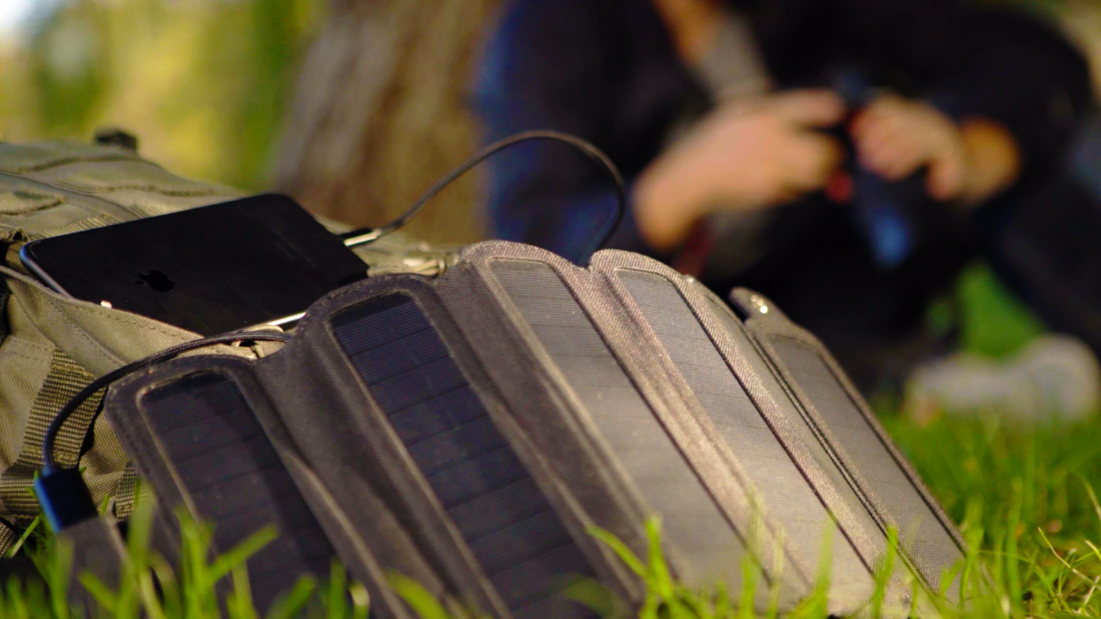 Charge your devices using solar power, with an integrated battery. -Ultra Portable -Magnetic Foldable -Charge more in parallel