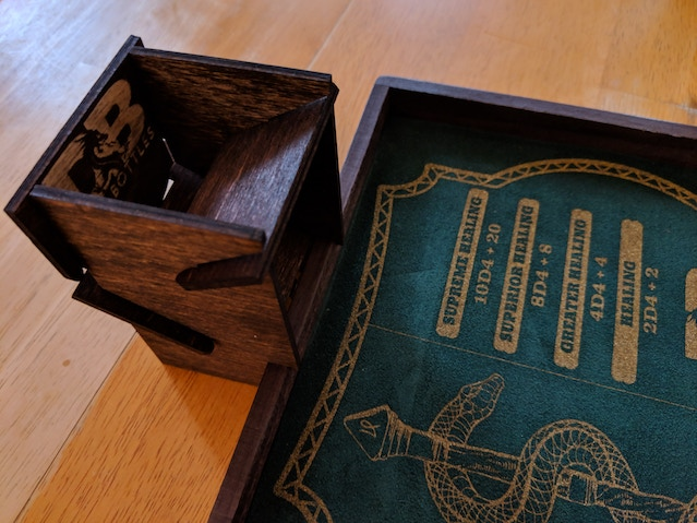 The dice tower is ready to use