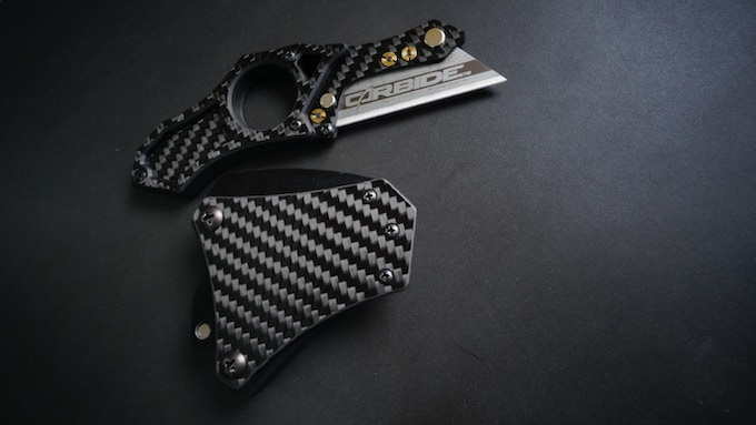 Tier III Magnetic Quick-Release sheath for FAST, SECURE AND EASY access