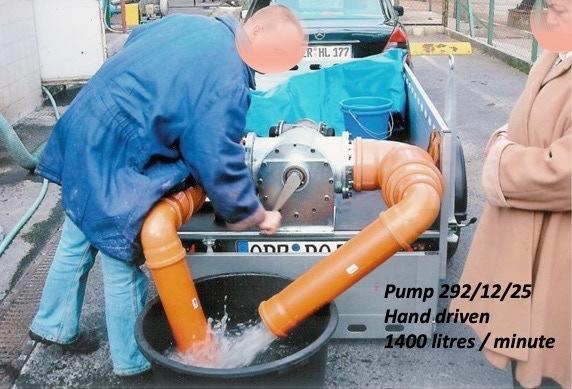 Pump 292/12/25 1400 lpm Hand driven