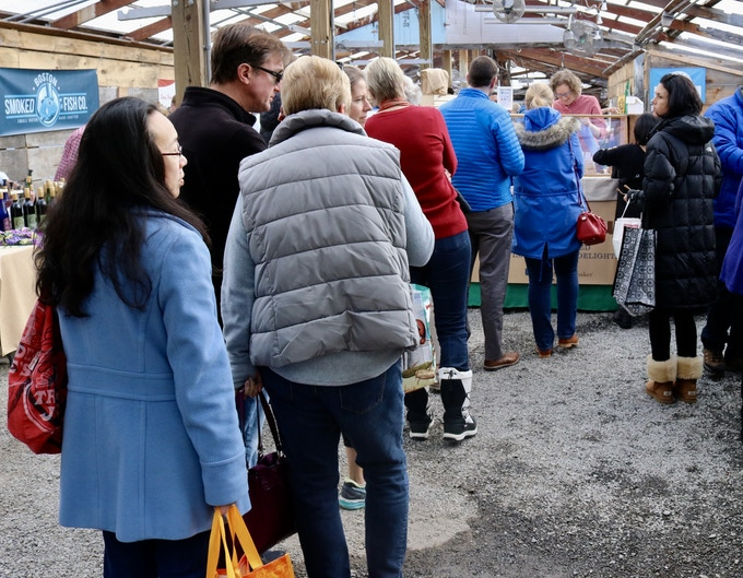 Lines at the Wayland Winter Market