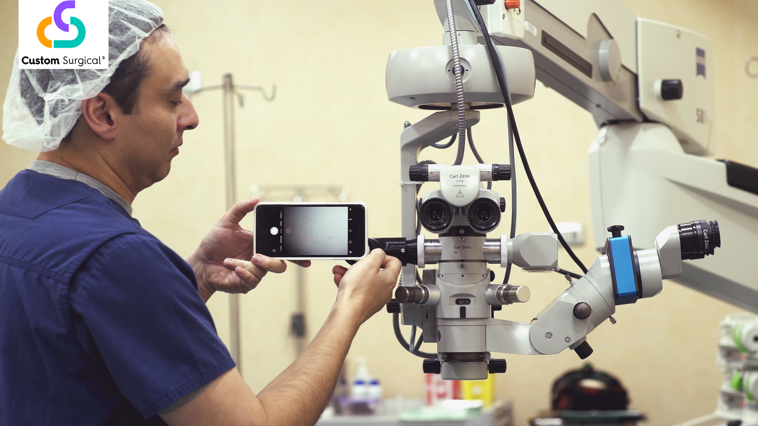 MicroREC is an optic system capable of attaching any smartphone to most of the microscopes on the market.