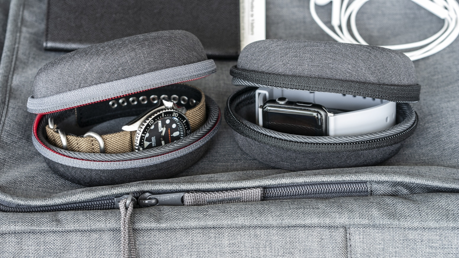 Sleek well made travel watch case for mechanical, quartz, smartwatches of all sizes