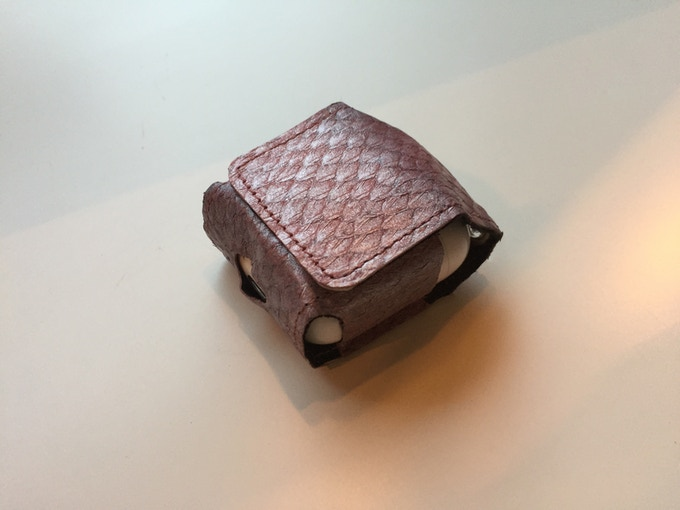 Salmon Skin PodPouch - Pink
