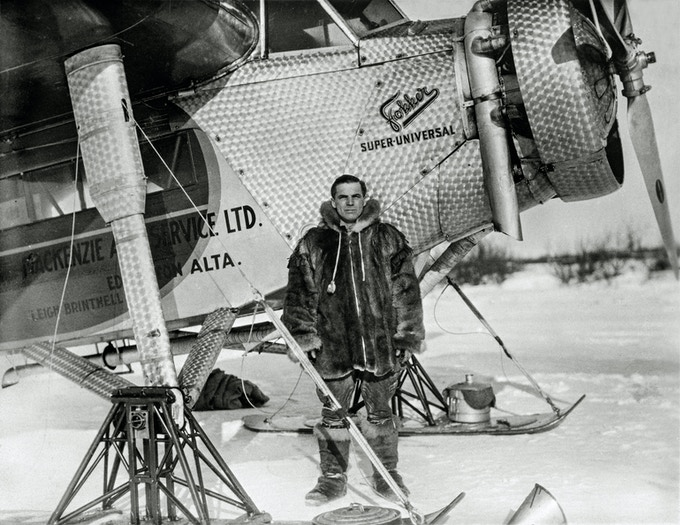 Leigh Brintnell outside his Fokker Super-Universal airplane  ( 1935 )/ Provincial Archives of Alberta