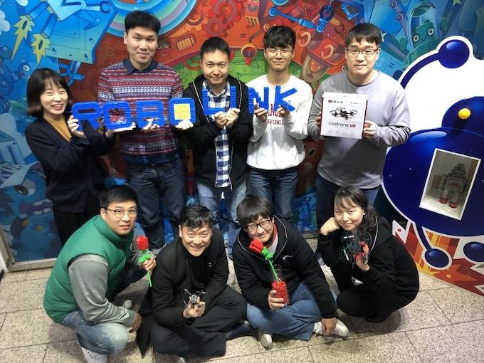 Our team based in in Seoul, Korea