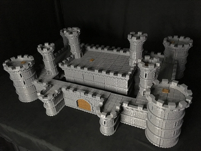 Amazing Castle with so many building options!