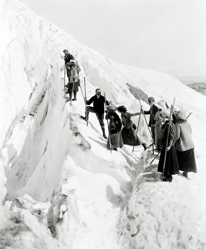 Climbing Paradise Glacier in Mt. Rainier National Park, Washington ( 1911-1920 )- Curtis & Miller/National Photo Company