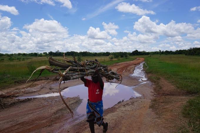 Heavy burdens in rural Zambia