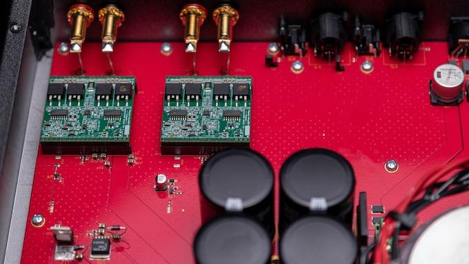 Example Amplifier using Cherry Maraschino Modules