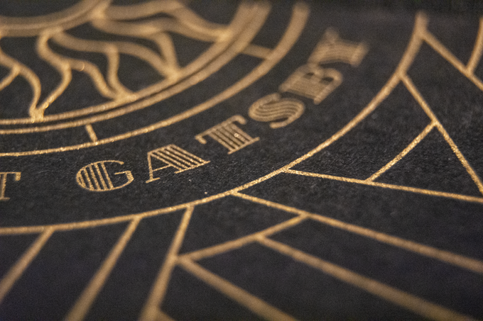 The covers of THE GREAT GATSBY use genuine engraving.
