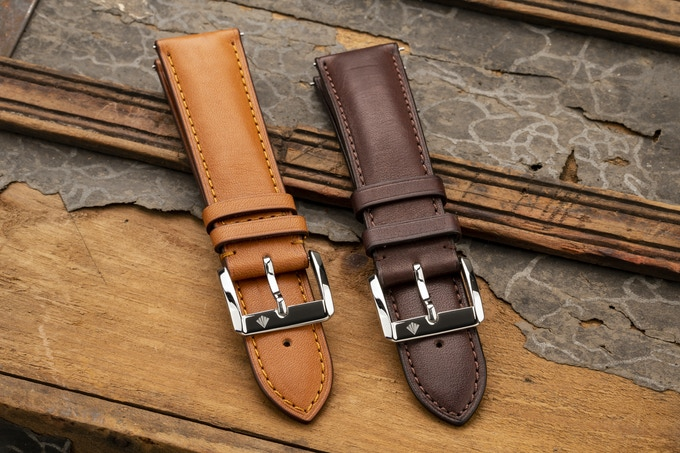 Tan & Brown Quick Release Leather Straps with Engraved Logo on Buckle