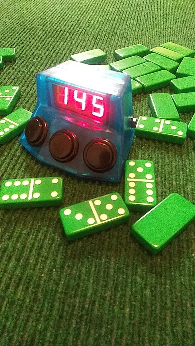 ELECTRONIC DUAL SIDED SCOREKEEPER FOR DOMINOES
