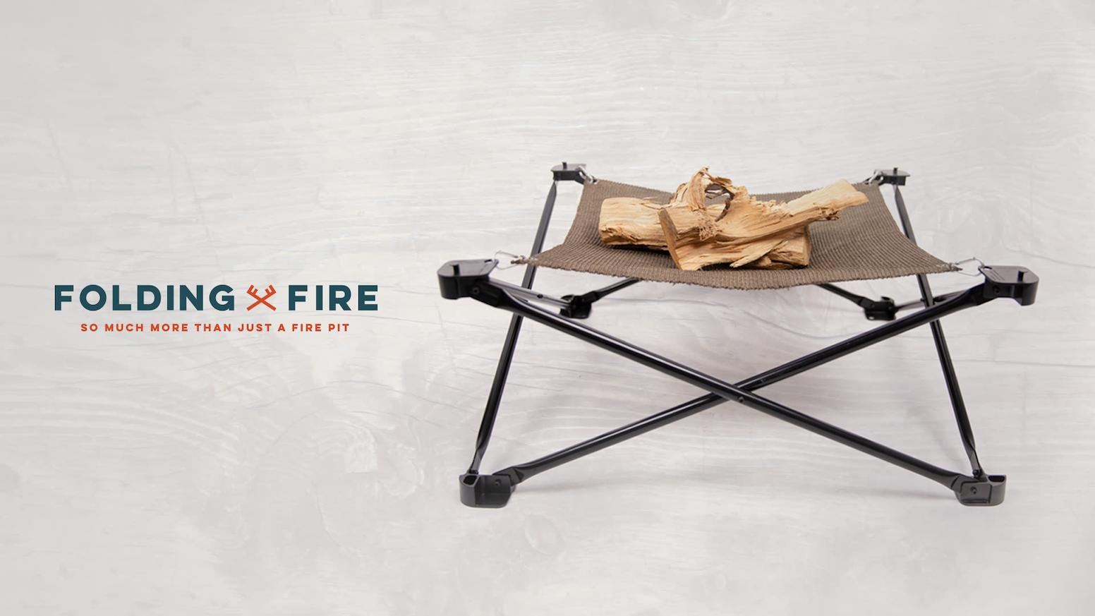 Folding Fire is a lightweight and foldable fire pit. She's the perfect companion for all your adventures!