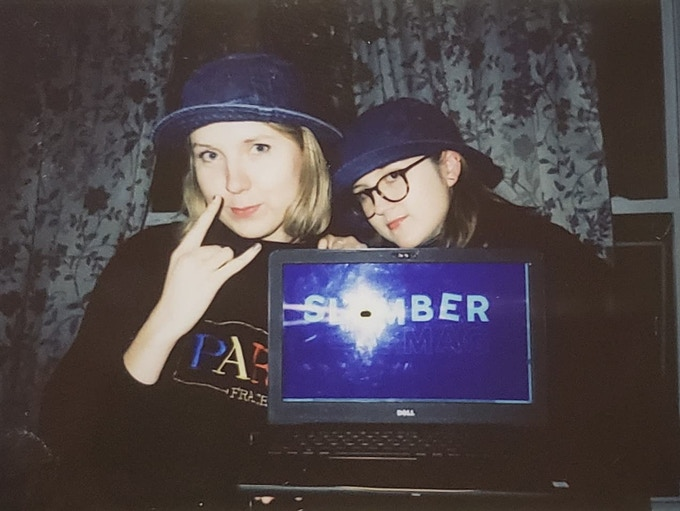 Slumber Mag founders Abbie Jones & Amy Garlesky (pictured left to right)