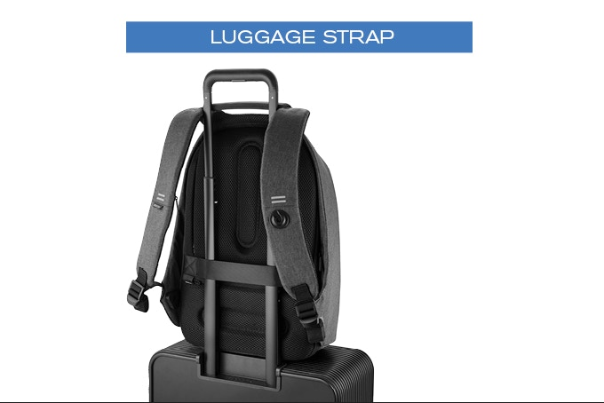 Bobby Pro & Bobby Tech are both equipped with a luggage strap. Perfect when traveling with a suitcase!
