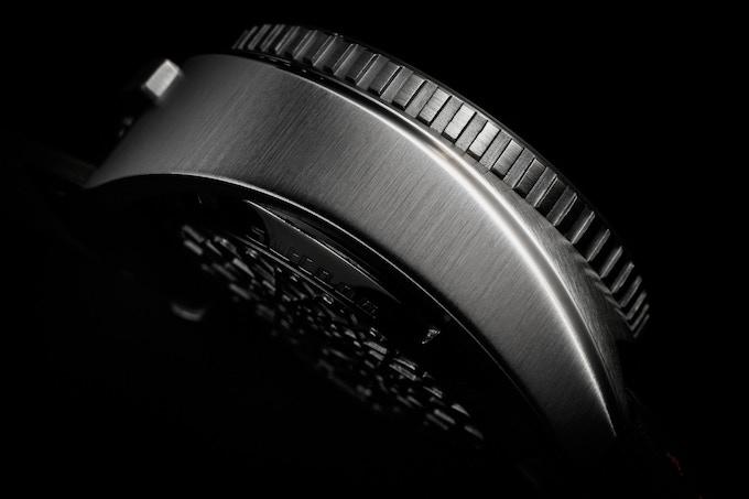Legera Bullhead Automatic case details